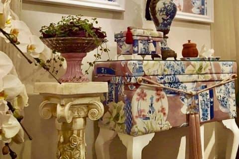 香月 浩子 「新しい表現。コンソール茶箱。」